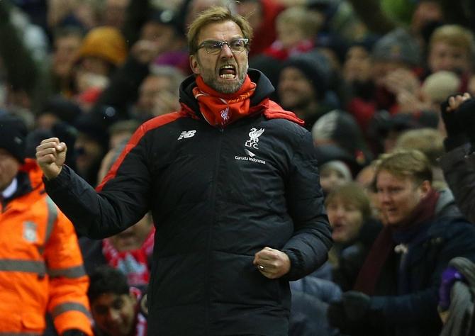 Jürgen Klopp jubelt. Liverpool vs Man City im Livestream sehen